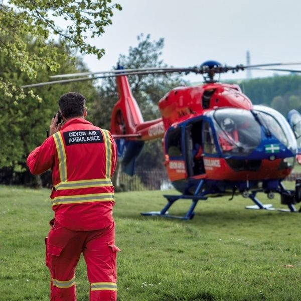GDAAS 2021 Exeter Quay, Paramedic Paul Robinson approaching the aircraft